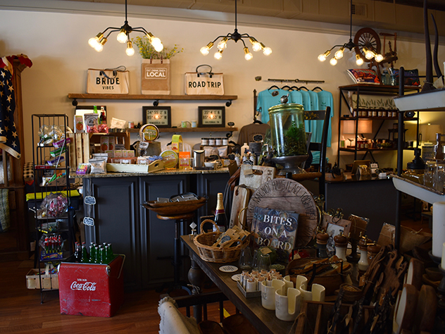 store display of locally produced items